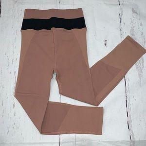 Free people seamless color block Capri leggings